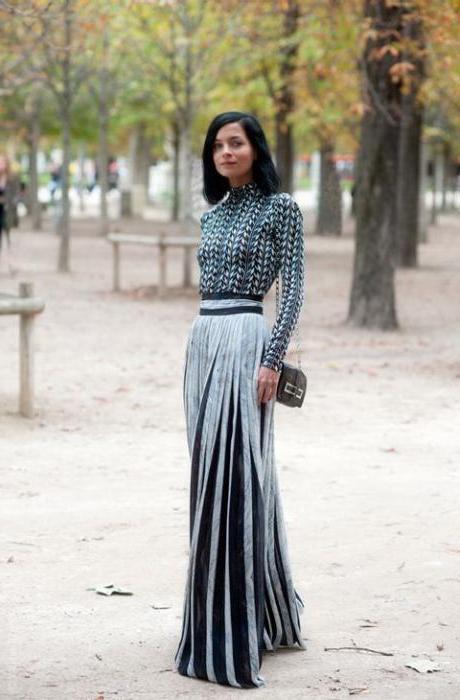 97ae8d929c23 Šaty sú krátke. Pletené šaty.